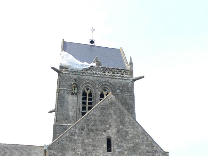 Kirche Sainte-Mère-Èglise …
